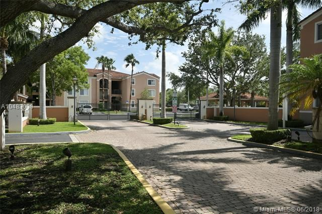 6831 Sw 44th St  #313, Miami, FL - USA (photo 2)