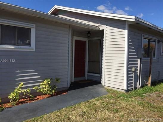 6321 Nw 199th St, Hialeah, FL - USA (photo 3)