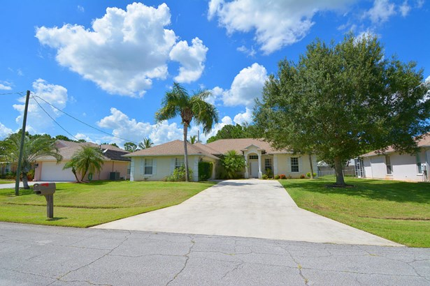 5951 Nw Theda Lane, Port St. Lucie, FL - USA (photo 1)