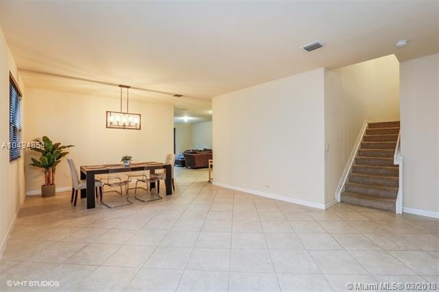 584 Se 33rd Ter, Homestead, FL - USA (photo 3)