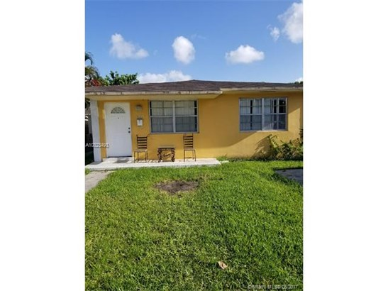 Multi-Family - Sweetwater, FL (photo 1)
