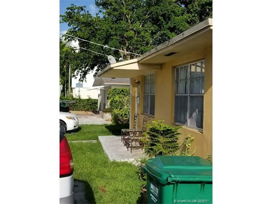 Multi-Family - Sweetwater, FL (photo 4)