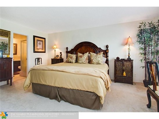 1850 S Ocean Blvd #106, Lauderdale By The Sea, FL - USA (photo 5)