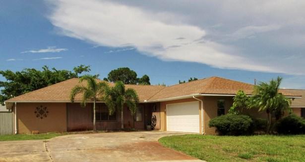 1001 Se Spinnaker Avenue, Port St. Lucie, FL - USA (photo 1)