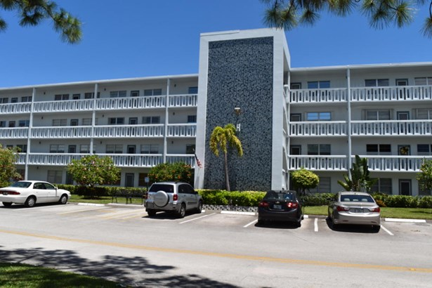 Condo/Townhouse - Deerfield Beach, FL (photo 1)