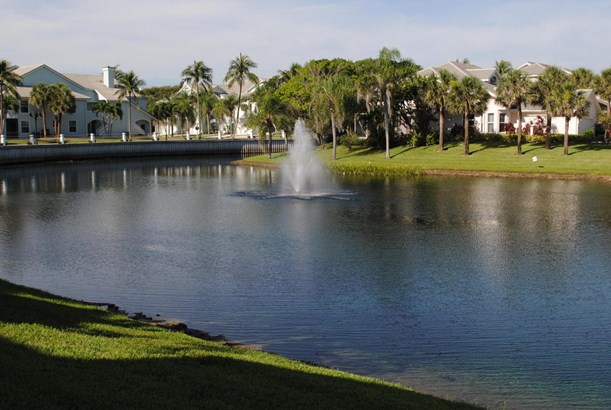 Condo/Townhouse - Jupiter, FL (photo 3)