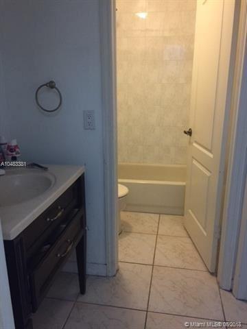 1040 Nw 128th Pl, Miami, FL - USA (photo 5)