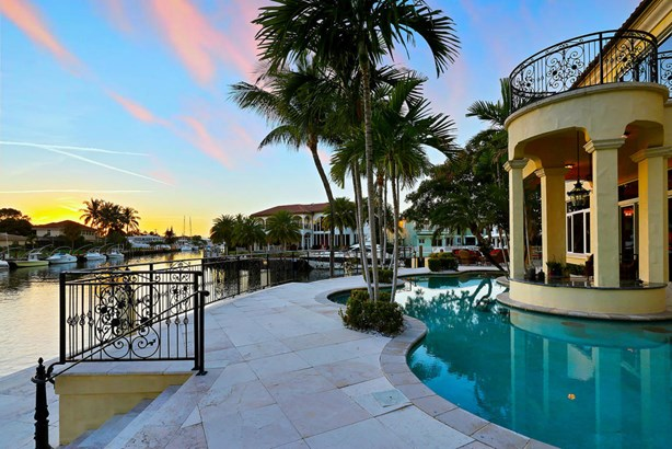 Single-Family Home - Lighthouse Point, FL (photo 2)
