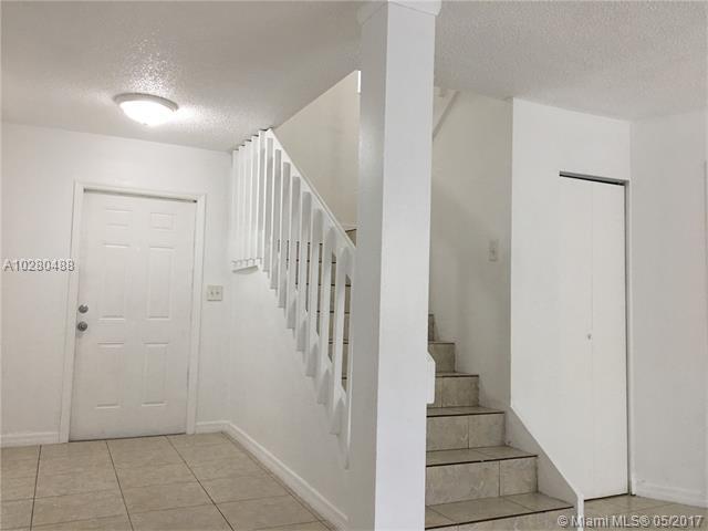 Condo/Townhouse - North Miami, FL (photo 4)