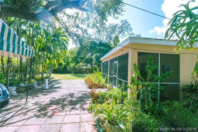 6810 Sw 62nd Ct, South Miami, FL - USA (photo 3)