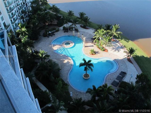 Condo/Townhouse - Plantation, FL (photo 1)