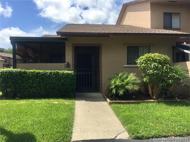 Condo/Townhouse - Coconut Creek, FL (photo 1)