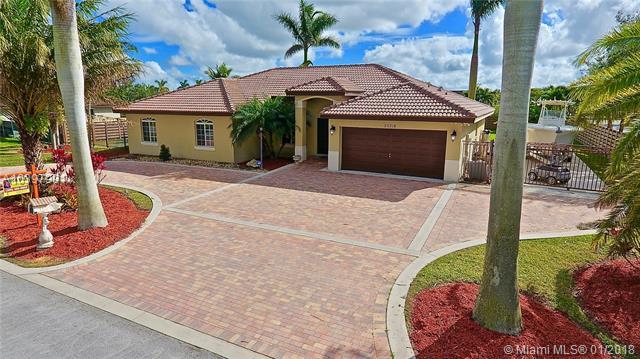 20318 Sw 324 St, Homestead, FL - USA (photo 4)