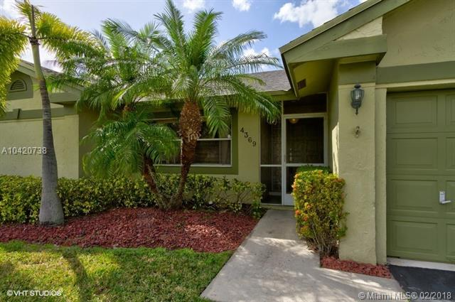 4369 Nw 103rd Ave, Sunrise, FL - USA (photo 2)