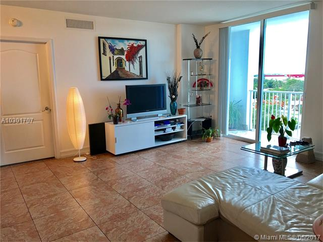 Condo/Townhouse - Miami, FL (photo 5)