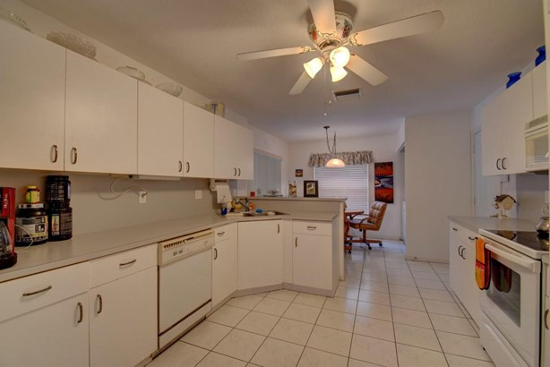 1021 Nw 5th Avenue, Boynton Beach, FL - USA (photo 4)