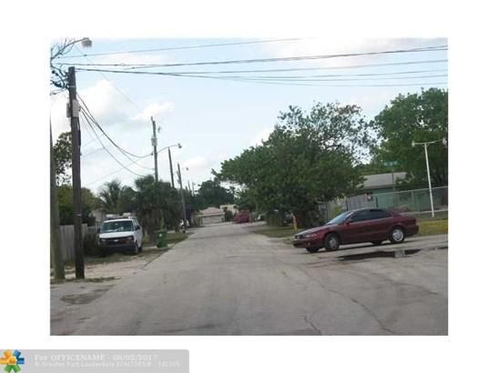 1143 Ne 6th Ave, Fort Lauderdale, FL - USA (photo 4)