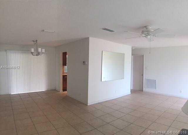 1450 Nw 70th Ter, Margate, FL - USA (photo 5)