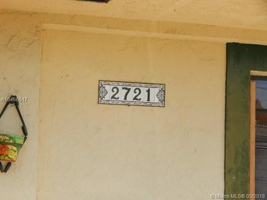 2721 Sw 67th Ave, Miami, FL - USA (photo 2)