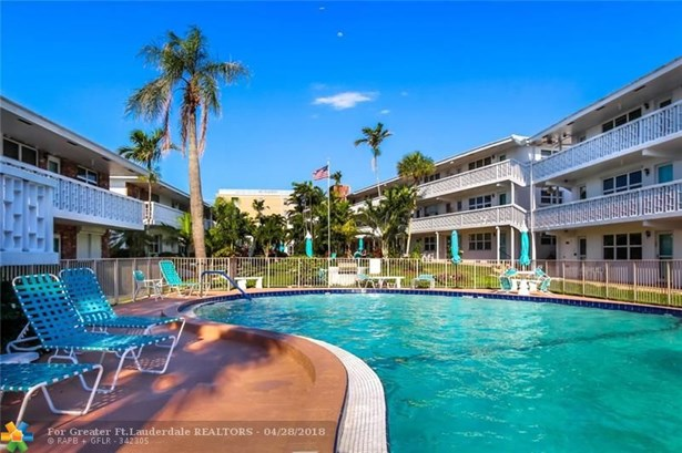 228 Hibiscus Ave #235, Lauderdale By The Sea, FL - USA (photo 1)