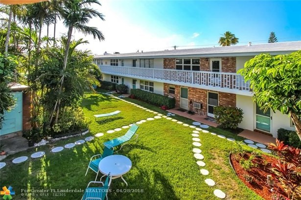 228 Hibiscus Ave #235, Lauderdale By The Sea, FL - USA (photo 2)