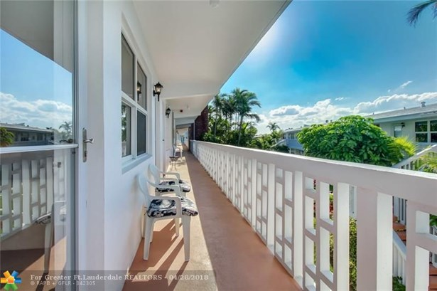 228 Hibiscus Ave #235, Lauderdale By The Sea, FL - USA (photo 4)