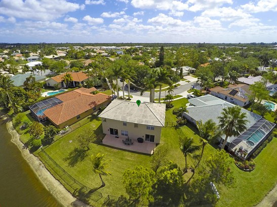 124 Cypress Crescent, Royal Palm Beach, FL - USA (photo 4)