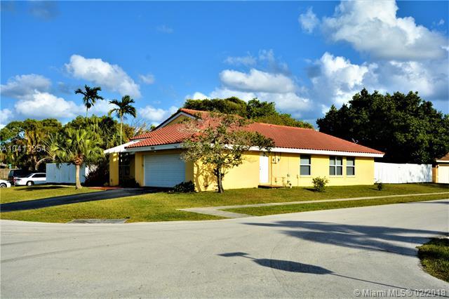 8830 Nw 80th Dr, Tamarac, FL - USA (photo 3)