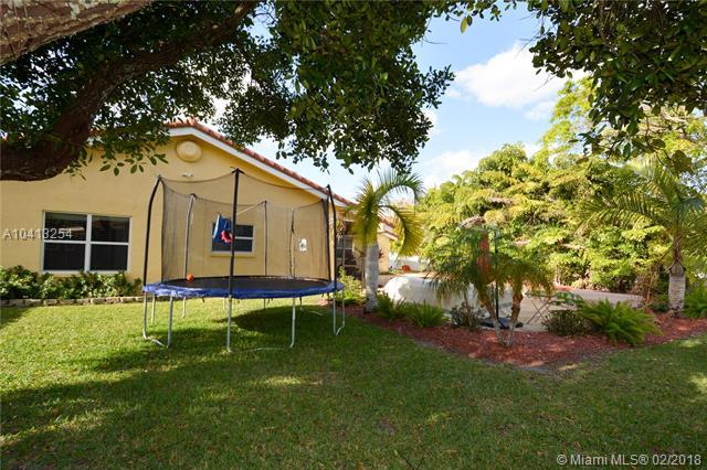 8830 Nw 80th Dr, Tamarac, FL - USA (photo 5)