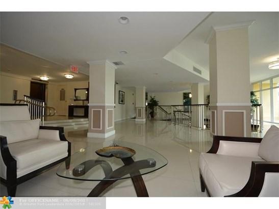 333 Ne 21st Ave #718, Deerfield Beach, FL - USA (photo 2)