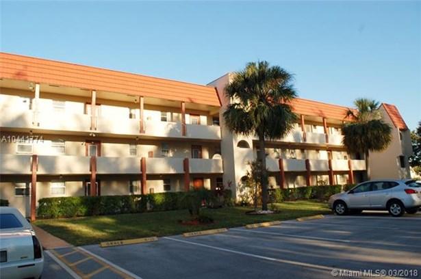 2750 W Sunrise Lakes Dr W  #212, Sunrise, FL - USA (photo 1)