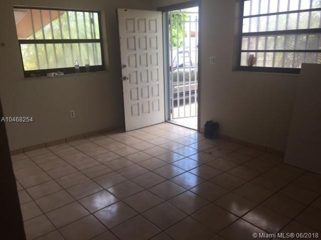 655 Nw 2nd St, Florida City, FL - USA (photo 3)