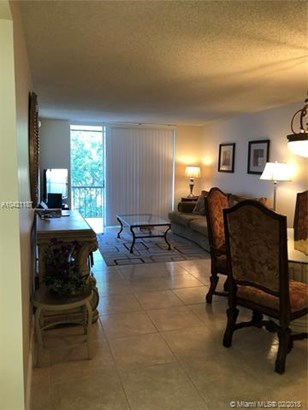 820 S Hollybrook  #206, Pembroke Pines, FL - USA (photo 5)