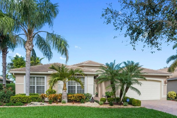 7038 Great Falls Circle, Boynton Beach, FL - USA (photo 1)