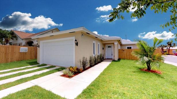 930 S N Street, Lake Worth, FL - USA (photo 1)