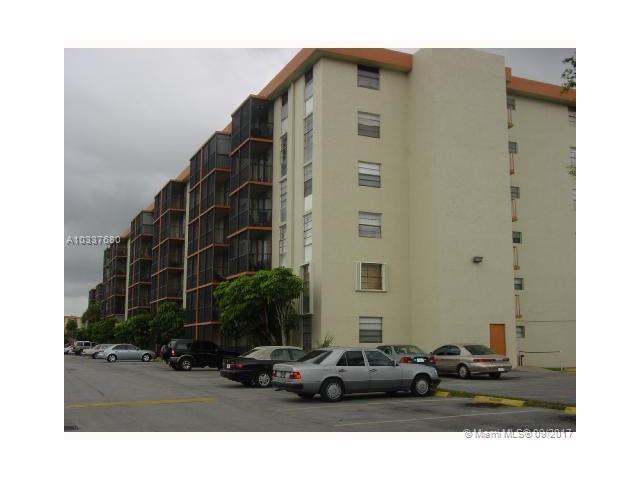 16950 W Dixie Hwy A335 Hwy, North Miami Beach, FL - USA (photo 1)