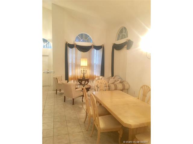 Single-Family Home - Pembroke Pines, FL (photo 2)