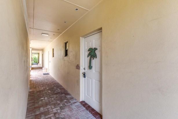 Condo/Townhouse - Ocean Ridge, FL (photo 5)