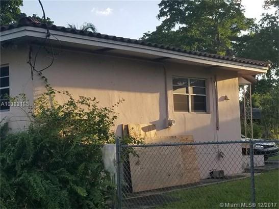 1090 Sylvania Blvd, West Miami, FL - USA (photo 2)