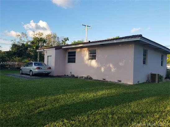 1090 Sylvania Blvd, West Miami, FL - USA (photo 3)