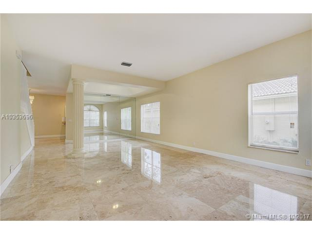 16709 Sapphire Spgs, Weston, FL - USA (photo 5)
