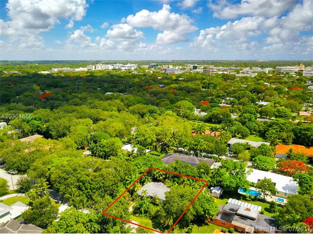 Single-Family Home - South Miami, FL (photo 5)