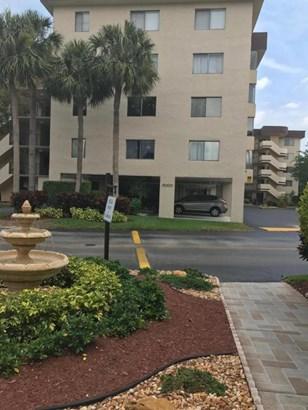 8000 Hampton Boulevard Unit 402, North Lauderdale, FL - USA (photo 1)