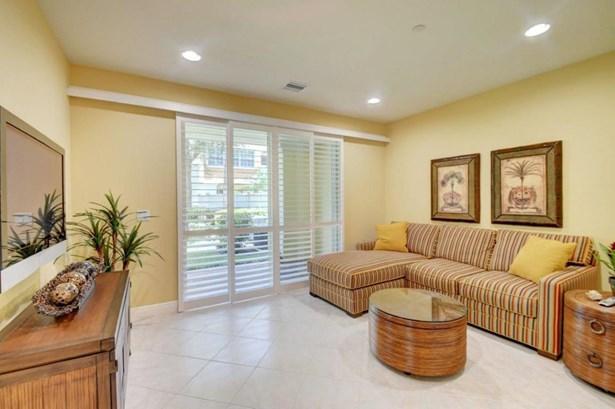 609 Ne Rossetti Lane, Boca Raton, FL - USA (photo 3)