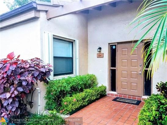 1241 Nw 98th Ter #146, Pembroke Pines, FL - USA (photo 1)