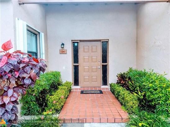 1241 Nw 98th Ter #146, Pembroke Pines, FL - USA (photo 2)