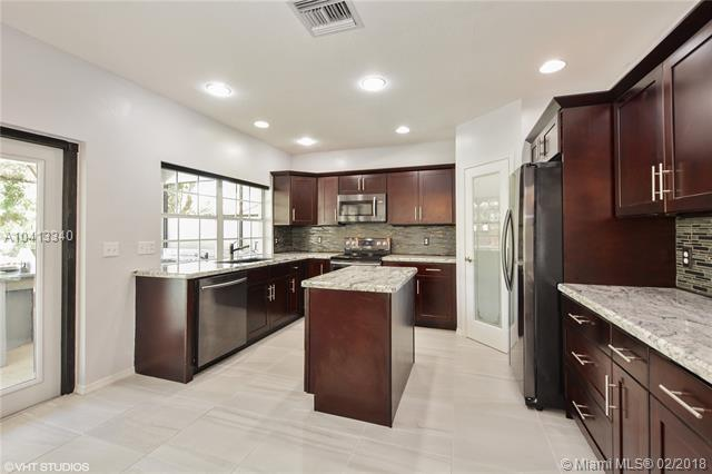 7537 Live Oak Drive, Coral Springs, FL - USA (photo 3)