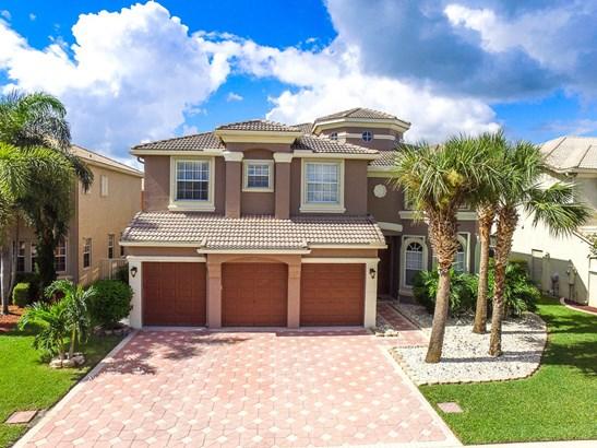 2105 Bellcrest Court, Royal Palm Beach, FL - USA (photo 2)