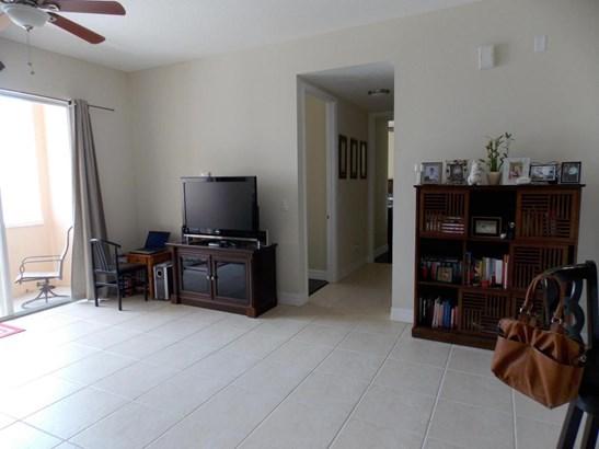 Condo/Townhouse - Port Saint Lucie, FL (photo 3)