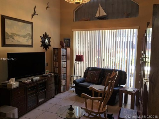 14404 Nw 83rd Pl, Miami Lakes, FL - USA (photo 3)